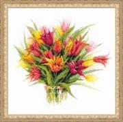 Набор для вышивания  Тюльпаны в вазе