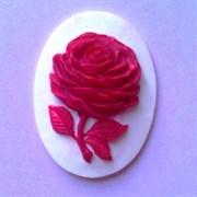 Камея  Роза красная  30х40 на белом