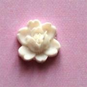 Кабошон  Роза белая