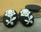 Камея  Роза  10х14 на черном