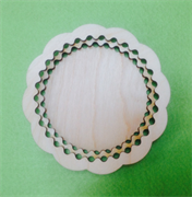 Тарелочка с резным краем  ( два кольца) 10см. 4 мм.