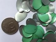 Пайетки декоративные. Овальные, зеленый перламутр. 40 шт.
