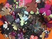 Пайетки декоративные. Разноцветные цветы в ассортименте