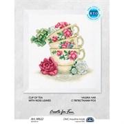 Набор для вышивания  Чашка чая с лепестками  роз