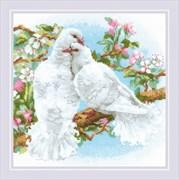 Набор для вышивания  Белые голуби